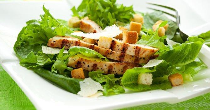 Heerlijke Salade Met Kip