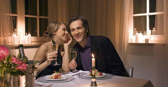 Hoe Je een Intiem en Romantisch Valentijnsdiner Kunt Geven
