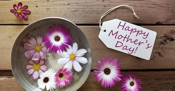 Laat je Moeder Zichzelf Speciaal Voelen Deze Moederdag!