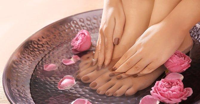 Mooi verzorgde nagels, handen en voeten