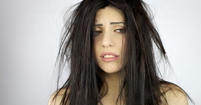 Tem je pluizige haar! Pas je dagelijkse haarverzorging aan de winter aan