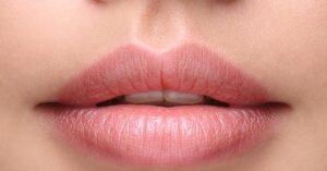 Tijdloze Schoonheid Zeg Vaarwel tegen Gebarsten Lippen