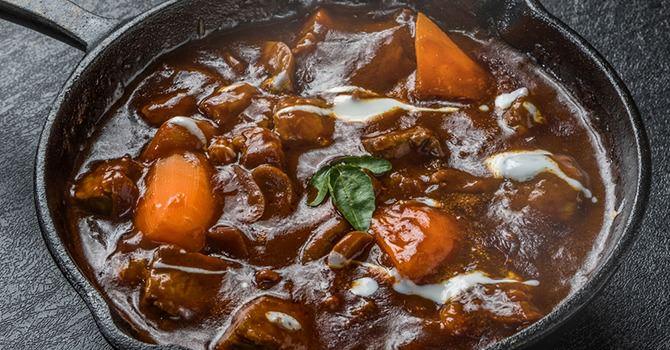 Warm Je Wintermaaltijden op met een Stoofpot van Rundvlees