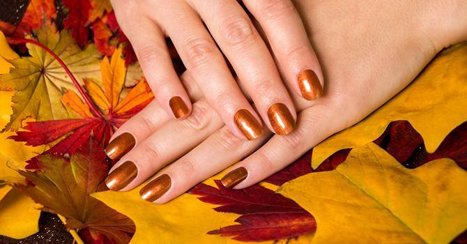 Wat Je Wel en Niet met Je Nagels Moet Doen in de Herfst
