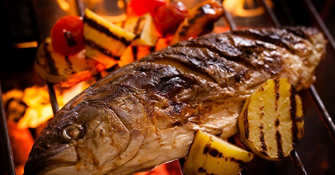 Wel Eens Vis op een Plank Gebarbecued?