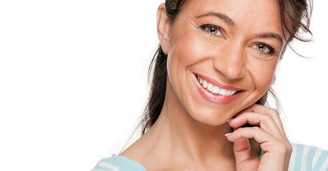 Zie er jonger uit met deze anti-aging make-up trucs