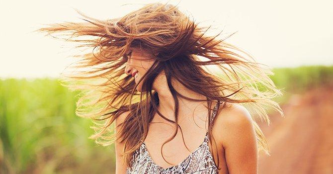 haar-in-de-wind