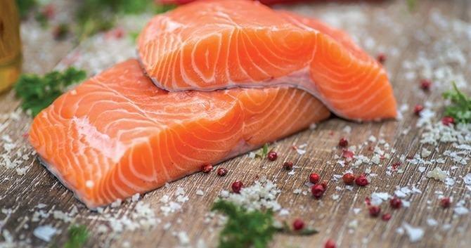 haarverzorgingtip-eet-deze-voedingsmiddelen-boordevol-voedingsstoffen-die-goed-zijn-voor-het-haar2